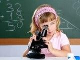 Астроном и микроскоп